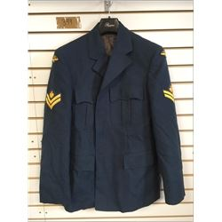 HEAVY WEIGHT CANADIAN AIR FORCE COAT (MENS XLARGE) *MASTER CORPORAL INSIGNIA*