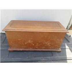 "WOODEN KEEPSAKE BOX 20"" X 9"" X 9"")"