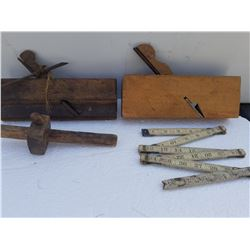 VINTAGE WOOD WORKING TOOLS (4 PIECES)
