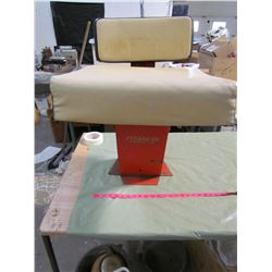 CASE TRACTOR SEAT AND BASE