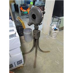 """FORGE BLOWER (CANEDY OTTO MFG. CO.) * """"TIGER"""" FORGE BLOWER * (CRANKS SMOOTHLY) *WORKING CONDITION* ("""