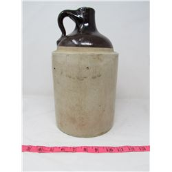 VINTAGE BROWN JUG (CHIP SHOWN IN PICTURE)