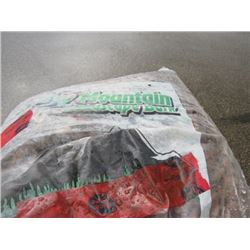 PALLET OF WOOD CHIPS (APPROX 15 BAGS)