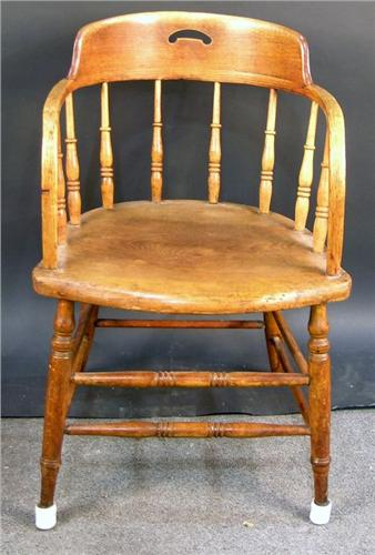 Saloon chair western style for Chaise western
