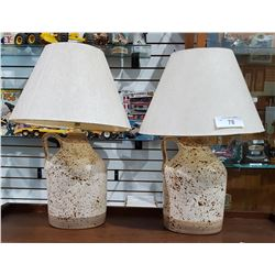 PAIR OF VINTAGE MCM POTTERY JUG TABLE LAMPS