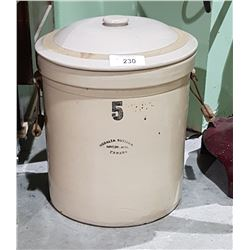 VINTAGE MEDALTA 5 GALLON CROCK WITH LID