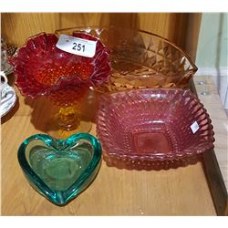 4 PIECES OF ART GLASS AND DEPRESSION GLASS