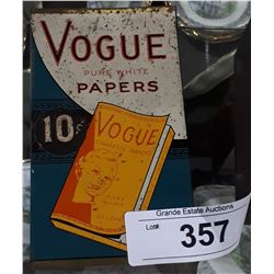 VINTAGE 1940'S VOGUE CIGARETTE PAPERS DISPENSER