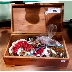 WOOD BOX WITH COLLECTION OF ESTATE JEWELRY