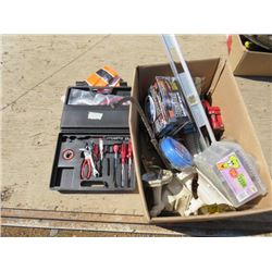 LOT OF ASSORTED ITEMS ( CLAMPS, BOTTLE JACKS, TOOL SET, LEVELS, ETC…)