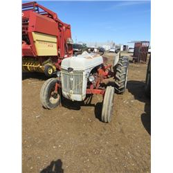 TRACTOR (FORD 8N-NOT RUNNING) *VERY GOOD TIRES*