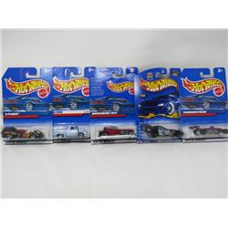 LOT OF 5 HOTWHEEL VEHICLES (X-PLODER, FORD 1956, ROLL PATROL 2/10, THUNDERSTREAK, DUESENBERG 1931)