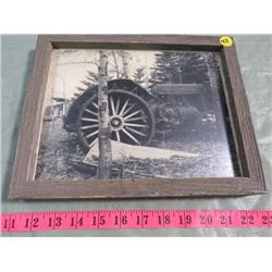 WOOD FRAME TRACTOR PICTURE