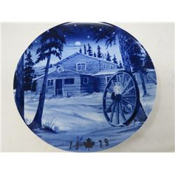 DECORATIVE PLATE (CANADA CHRISTMAS) *1979* (LIMITED EDITION)