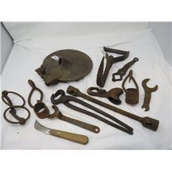 LOT OF HORSE AND FARM RELATED ITEMS ( NIPPERS, FORGED HOOK, TOOLS, ETC…)