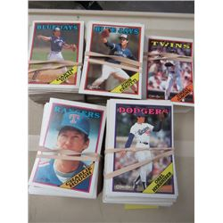 LARGE LOT OF ASSORTED BASEBALL CARDS  (O-PEE-CHEE, MANY YEARS MANY TEAMS)