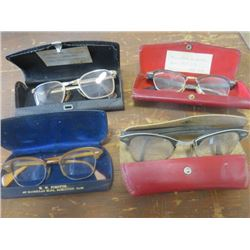 LOT OF 4 PAIRS OF GLASSES AND CASES (VINTAGE)
