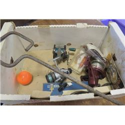 LOT OF FISHING COLLECTABLES (PENN REEL, GAFF, HOOKS, ETC)