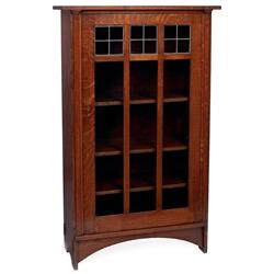 Good Gustav Stickley bookcase,#700