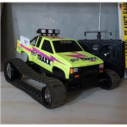 VINTAGE 1990'S TYCO FAST TRAXX REMOTE CONTROL NISSAN PICKUP