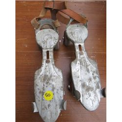 ROLLER SKATES (VINTAGE) *ADJUSTABLE*