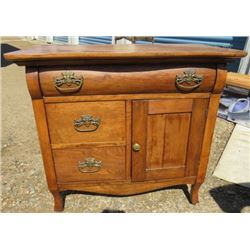 WOOD CABINET ( 3 DRAWERS, 1 CUPBOARD) *MAPLE*