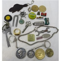 LOT OF MISC ITEMS (KEY CHAINS, COINS, TOKENS, ETC)