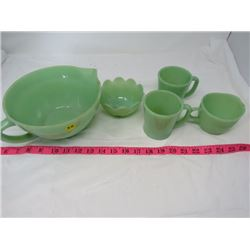 LOT OF JADEITE DISHES (PITCHER CRACKED)