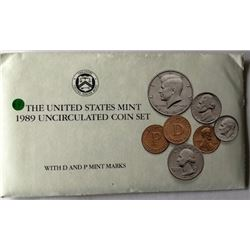 LOT OF TWO -1989 UNC US COIN SET (EACH SET HAS TWO COMPLETE SETS OF DENVER & PHI. MINTS WITH PAPER