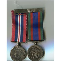 LOT OF 2 MEDALS (WW2 SERVICE MEDALS)