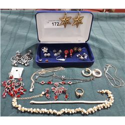 COLLECTION OF ESTATE JEWELRY IN BOX