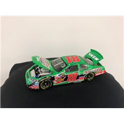 EXCLUSIVE NASCAR COLLECTION! LIMITED EDITION AUTHENTIC RACING COLLECTABLE #18 BOBBY LABONTE 1:24 SCA