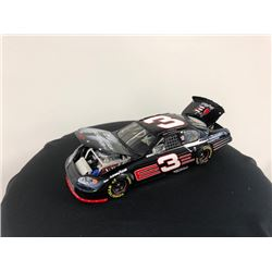 EXCLUSIVE NASCAR COLLECTION! LIMITED EDITION AUTHENTIC RACING COLLECTABLE #3 DALE EARNHARDT 1:24 SCA
