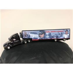 EXCLUSIVE NASCAR COLLECTION! LIMITED EDITION AUTHENTIC RACING COLLECTABLE #3 DALE EARNHARDT 1:64 SCA
