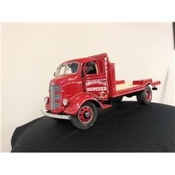 VINTAGE 1938 BUDWEISER DELIVERY TRUCK REPLICA WITH ACCESSORIES AND CHEST