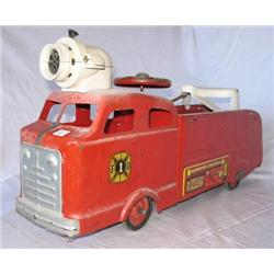 1930s Marx Ride on Fire Truck -orginial
