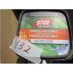 LOT OF 17 MIXED CONTAINERS ( 12 TREE AND SHRUB) *7 TOMATO AND VEGETABLE FERTILIZER)