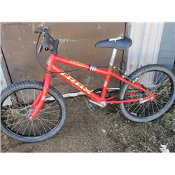ONE BOY'S BICYCLE ( SUPER STREET 300)