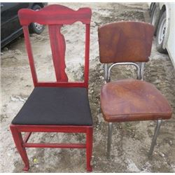 LOT OF 2 CHAIRS (VINTAGE)
