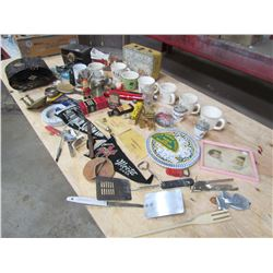 LOT OF COLLECTABLES (IN WOOD BOX)