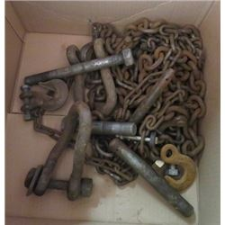 LOT OF MISC CHAINS AND HOOKS
