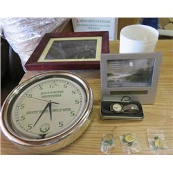 LOT OF DUCKS UNLIMITED ITEMS (PINS, WATCH, DIGITAL PHOTOFRAME)