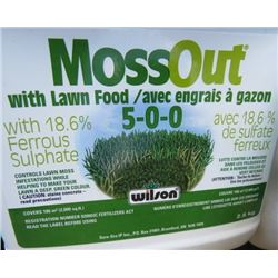 LOT OF MOSS OUT WITH LAWN FOOD (10 BOXES) * 5-0-0* (18.6% FERROUS SULPHATE) *NOS*