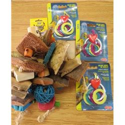 LOT OF BIRD ITEMS ( 3 X HEART RING OF RINGS) *JAVA WOOD* (NOS)