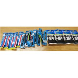 """LOT OF 21 CAT ITEMS ( 4 X LARGE HARNESS AND LEASH SETS) *5 X RED COLLAR EXPAND 8"""" TO 13""""* (7 X PRINT"""
