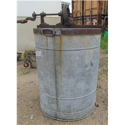 """HONEY EXTRACTOR (SIMONS MANUFACTURING CO) *22"""" DIAMETER* (29"""" TALL) *APPROX 25 GALLONS*"""