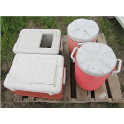 """LOT OF 4 COOLERS (2 X COLEMANS 20.5""""L X 12""""D) *2 X RUBBMAID WATER COOLERS 5 GALLON*"""