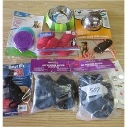 LOT OF MISC PET SUPPLIES (DOG BOOTIES, 2 X 3V BATTERIES, PEN CAN COVER, BOWL, 2 X VENTED SLOW FEED I