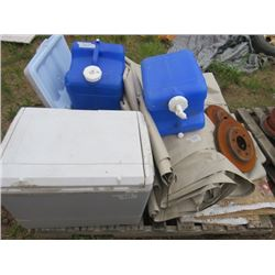 LOT OF MISC CAMPING ITEMS (2 X COOLERS, 3 X WATER JUGS, 2 LARGE TARPS, 2 X ROTORS, ETC)