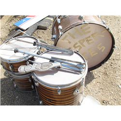 LOT OF DRUM PARTS (BASS, FLOOR TOM, TOM TOM, SNARE) *STAND PARTS* (STEWART - JAPAN)